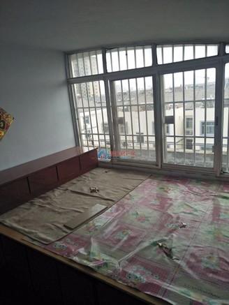 新新家园多层五楼三室带内置阁楼阁楼也装修了有窗户双气全低首付