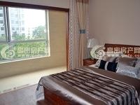 香港花园9楼119平方简装带储1100/月