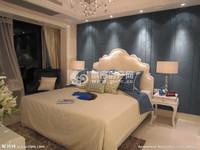 凤城尚品,多层2楼,豪装带家具家电拎包入住带露台