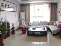 凤城丽景,5楼非顶楼,精装三室带储,山户全明,三实小在家门,文体,市民之家在家门