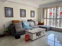 新出房源,兰亭御墅14楼 111平,精装修三室,带储藏室 有证可贷款!94万