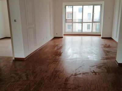 出租水岸东方3室2厅1卫120平米850元/月住宅