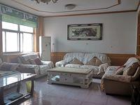 文苑小区多层3楼3室2厅精装带车储113平72万