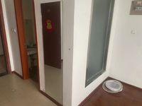 出租时代国际1室1厅1卫40平米600元/月住宅