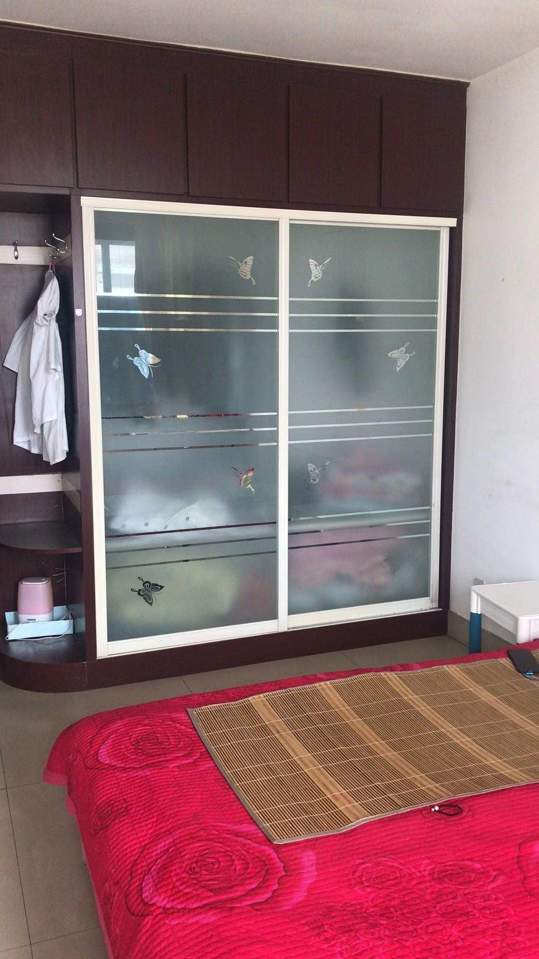 出租湖滨花园3室100平米1100元/月住宅