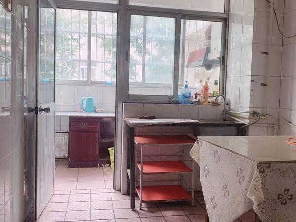 出售凤城小区3室2厅1卫85平米42万住宅