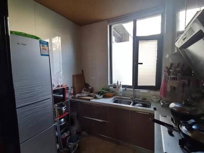急售凤城尚品100.17平大两室带储精装82万拎包入住